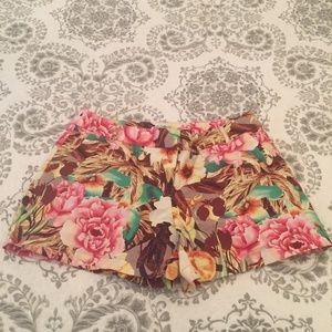 Dalia Collection Womens Floral Shorts Size: 10